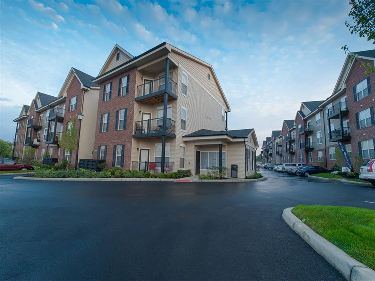 Image of Madison Park Luxury Apartment Complex