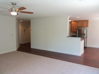 300 Valley Street 1-3 Beds Apartment for Rent Photo Gallery 1