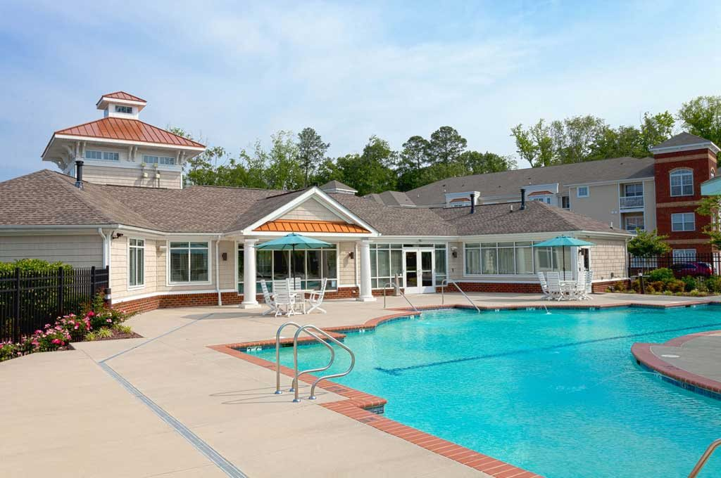 Photos and video of 700 acqua at windy knolls in newport news va for Newport swimming pool schedule