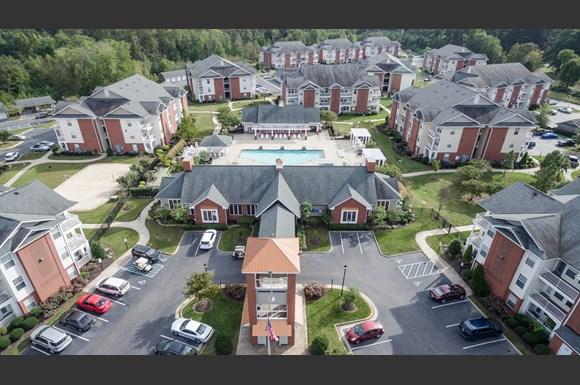 1200 Acqua Luxury Lifestyle Apartments, 1200 Harrison Creek ...