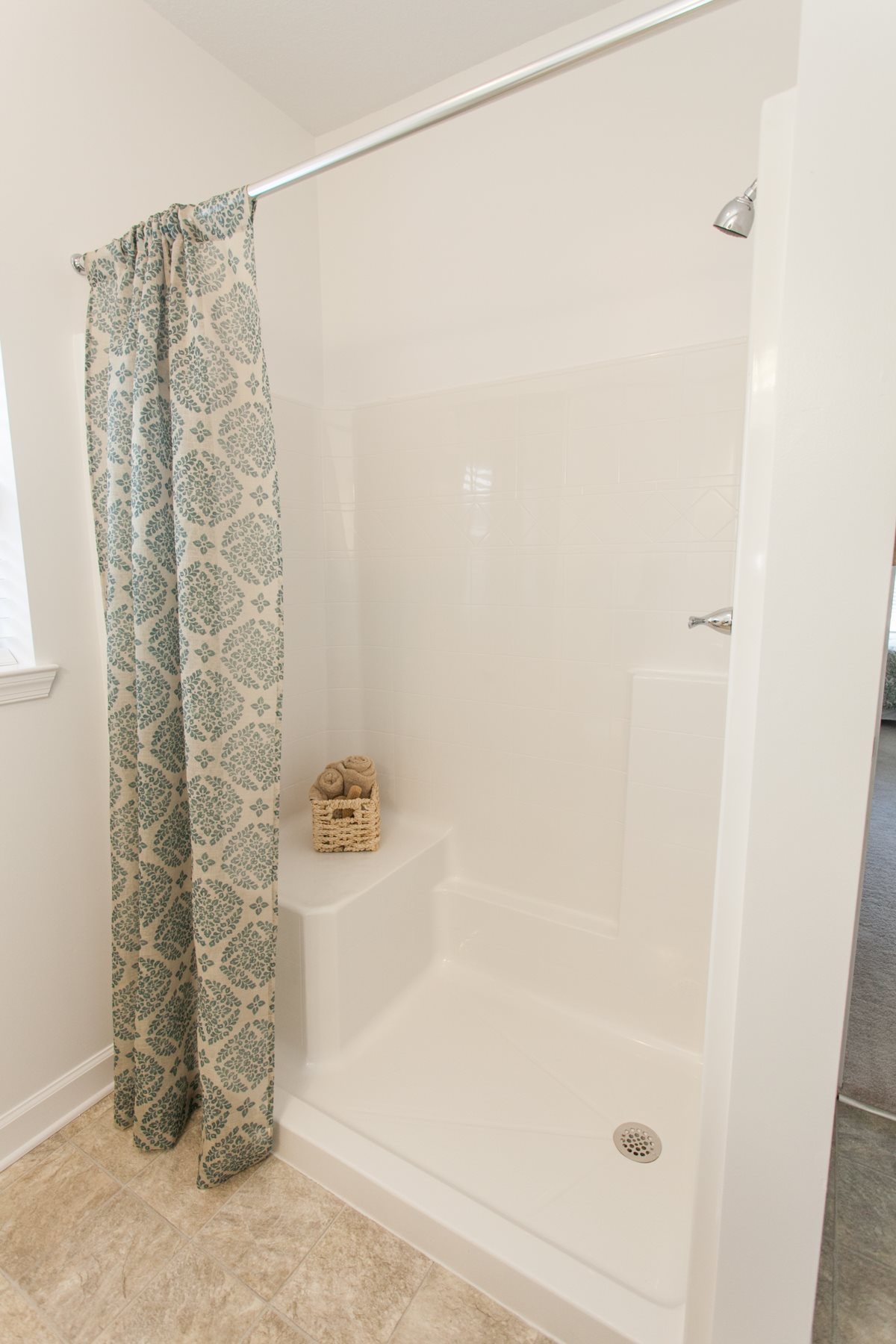 Large walk-in shower, handicap accessible