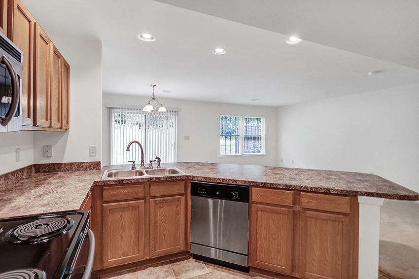 Rent a town house in Harrisburg, PA | Park View Townhomes | Property Management, Inc.