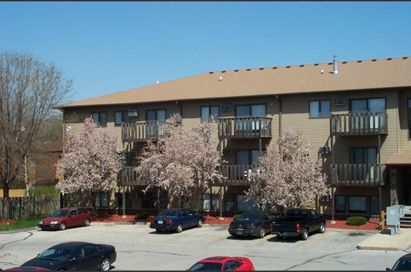 Riverbirch Apartments, Riverbirch (201-203-205 S. 5th), Ames, IA ...