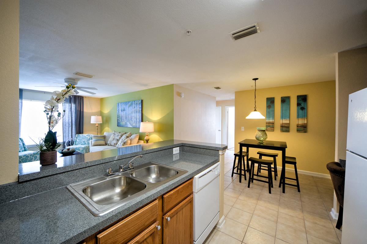 Thomas Chase Apartments Kitchen