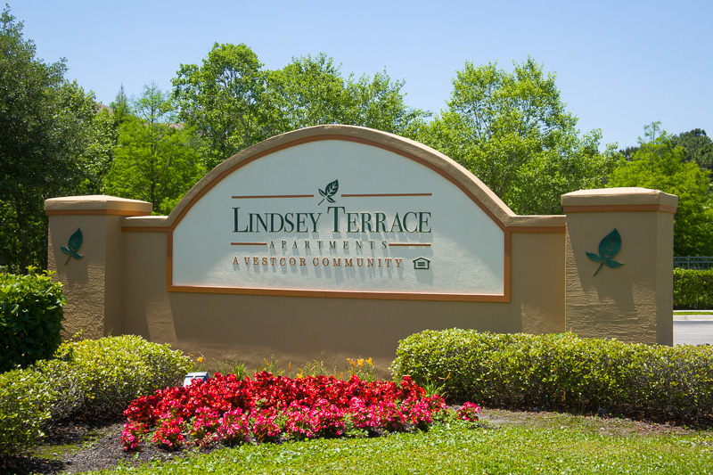 Lindsey Terrace Sign