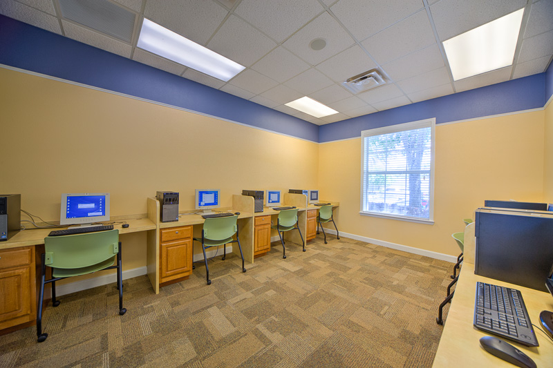 Lindsey Terrace Computer Lab
