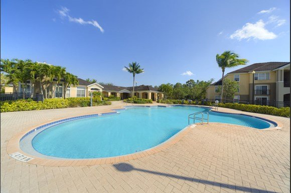 Noahs Landing Apartments Naples Fl