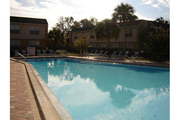 The Plaza Apartments 3780 University Club Blvd Jacksonville Fl Rentcaf