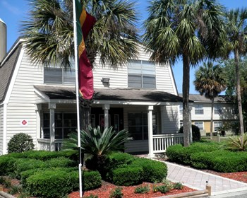3780 University Club Blvd 1-2 Beds Apartment for Rent Photo Gallery 1