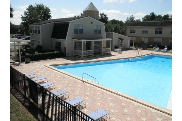The Plaza Apartments Sundeck