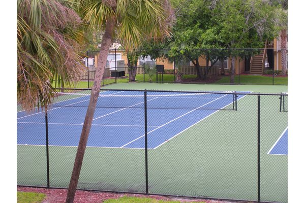 The Plaza Apartments Tennis Courts
