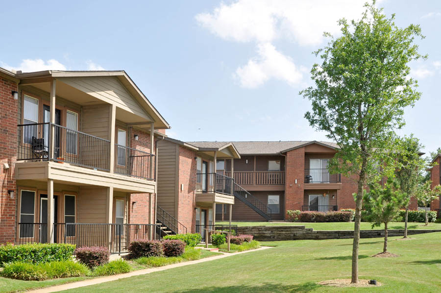 Dakota Ridge Apartments Exterior