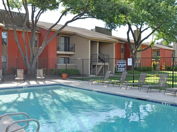 Sparkling Pool and Sundeck | Apartment Homes in Dallas, TX | Deerfield Apartments