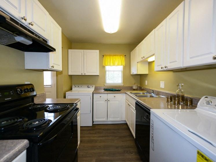 Hidden Colony Apartments Kitchen