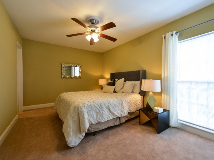 Hidden Colony Apartments Bedroom