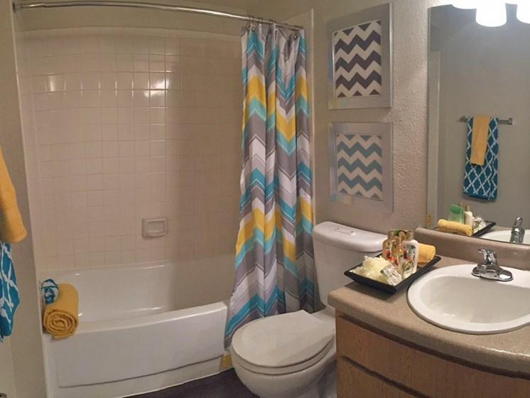 Horizons at Sunridge Bathroom