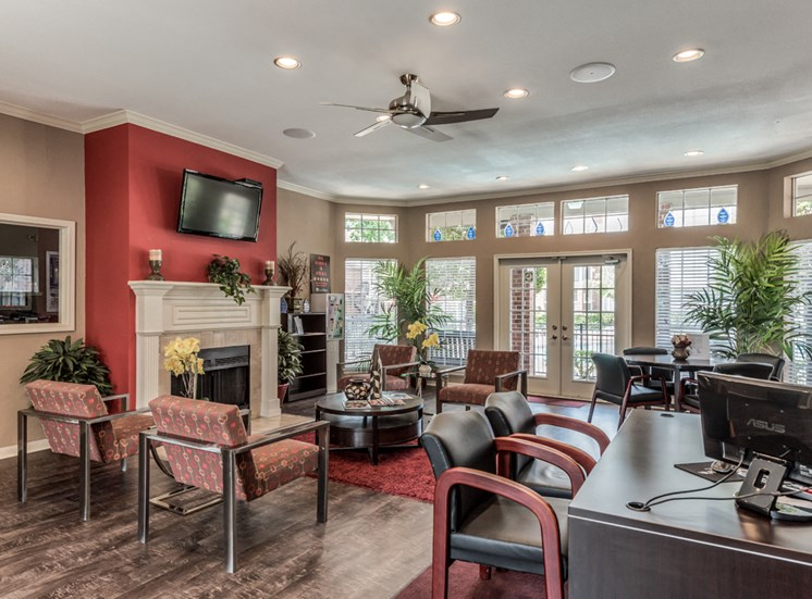 Parque at Bellaire Leasing Office