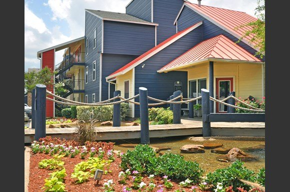 Snug Harbor Apartments Dallas Tx