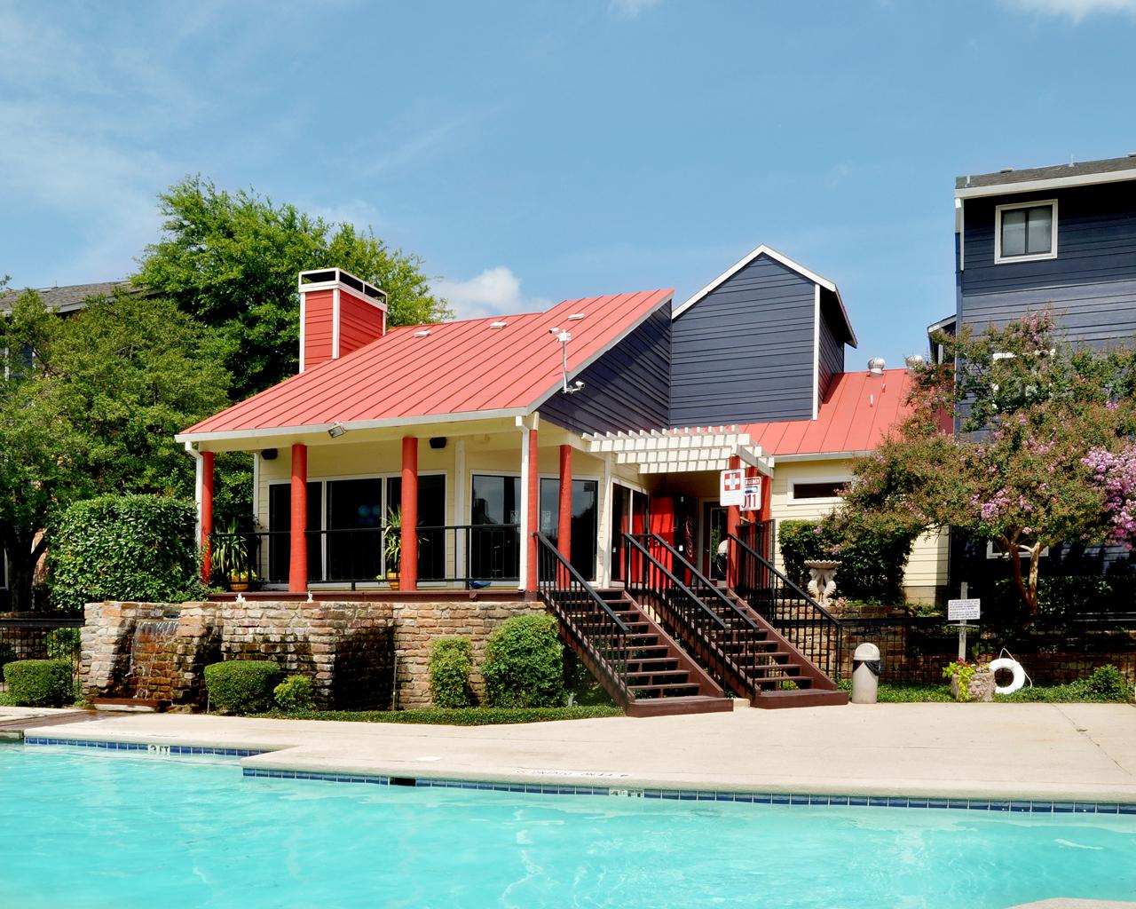 Superb Pool | Apartment Homes In Dallas, TX | Snug Harbor