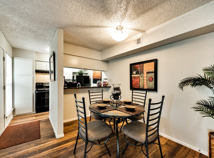 Westridge Apartments Dining Area