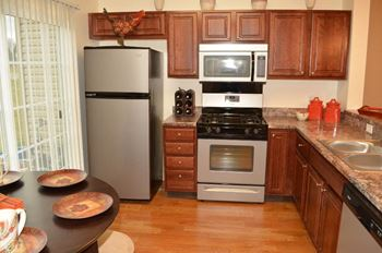 308 Sleepy Hollow Drive 2-3 Beds Apartment for Rent Photo Gallery 1
