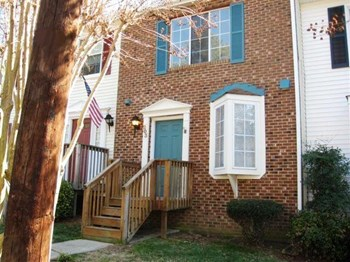 203 Rosebrooks Drive 3 Beds House for Rent Photo Gallery 1
