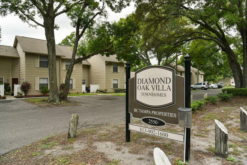Diamond Oaks
