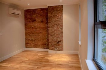 156 East 33rd Street 3 Beds Apartment for Rent Photo Gallery 1