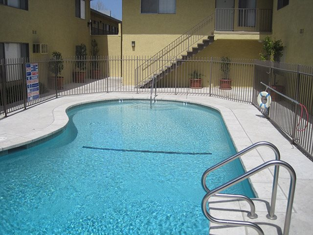 Photos Of Our Apartments In Canoga Park Ca Gallery