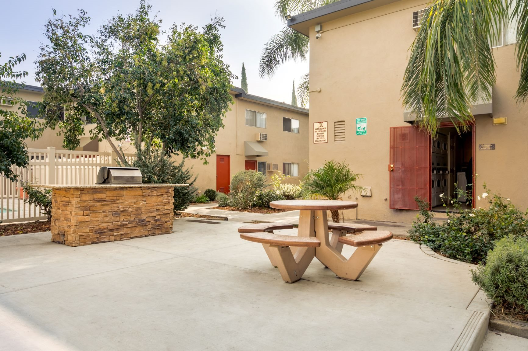 BBQ Area and Courtyard