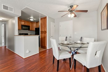 11265 Morrison St. 3 Beds Apartment for Rent Photo Gallery 1