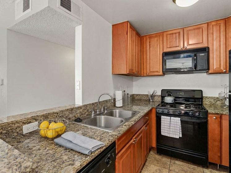 Woodland Trio Apartments Kitchen