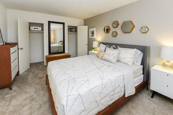 600 Red Lion Rd. Apt H-8 1-2 Beds Apartment for Rent Photo Gallery 1