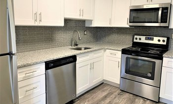 777 W. Germantown Pk 3 Beds Apartment for Rent Photo Gallery 1