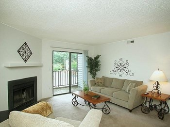 65 Century Circle 1-3 Beds Apartment for Rent Photo Gallery 1