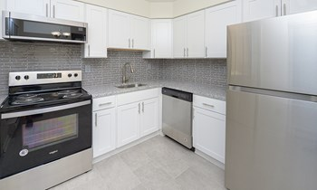 180A Eaton Crest Dr 1-2 Beds Apartment for Rent Photo Gallery 1
