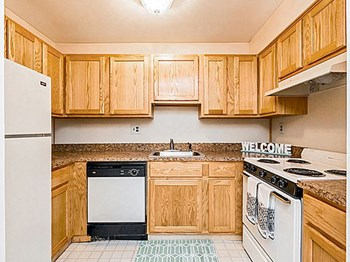 1342 W. Wyomissing Blvd. 1-2 Beds Apartment for Rent Photo Gallery 1