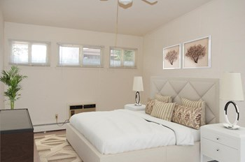 752 Ocean Ave 1 Bed Apartment for Rent Photo Gallery 1