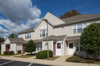 452 Parker Place 1-2 Beds Apartment for Rent Photo Gallery 1