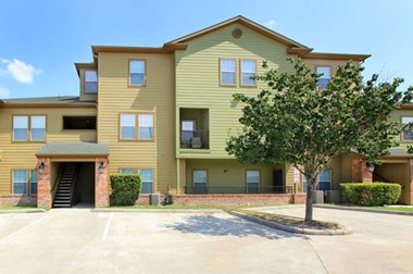 15116 Mesa Drive 1-4 Beds Apartment for Rent Photo Gallery 1