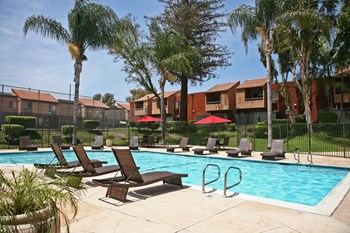 2600 S. Azusa Avenue 1-3 Beds Apartment for Rent Photo Gallery 1
