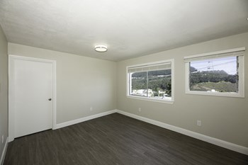1855 10Th Avenue 1-3 Beds Apartment for Rent Photo Gallery 1