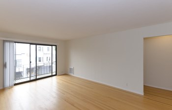 2038 Divisadero Street 2 Beds Apartment for Rent Photo Gallery 1