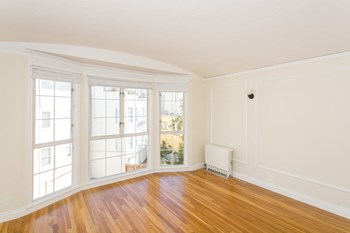3820 Scott Street 1-2 Beds Apartment for Rent Photo Gallery 1