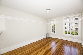 655 Stockton Street Studio-2 Beds Apartment for Rent Photo Gallery 1