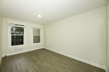 709 Geary Street Studio-1 Bed Apartment for Rent Photo Gallery 1