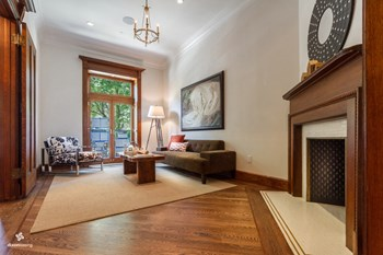 261 West 138th Street 5 Beds House for Rent Photo Gallery 1