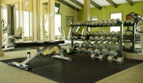 Fitness Center at The Oaks at Prairie View Apartments in Kansas City