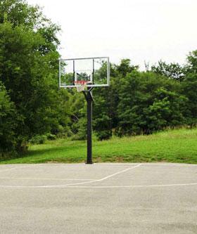 Basketball Court at apartments in Kansas City