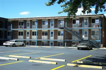 2914 N. Arcadia St. 1-2 Beds Apartment for Rent Photo Gallery 1